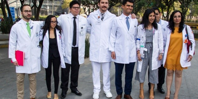 Resultado de imagen para Médicos residentes de 82 hospitales mexicanos inician paro