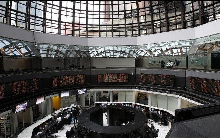 Mercado accionario baja 0.8 por ciento al cierre