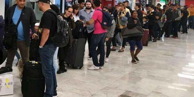 Aeropuerto de Texcoco deja deuda de 19 años que pagarán pasajeros