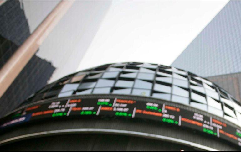 Al finalizar la sesión accionaria, en la Bolsa Mexicana se operó un volumen de 145.3 millones de títulos. SUN/ARCHIVO