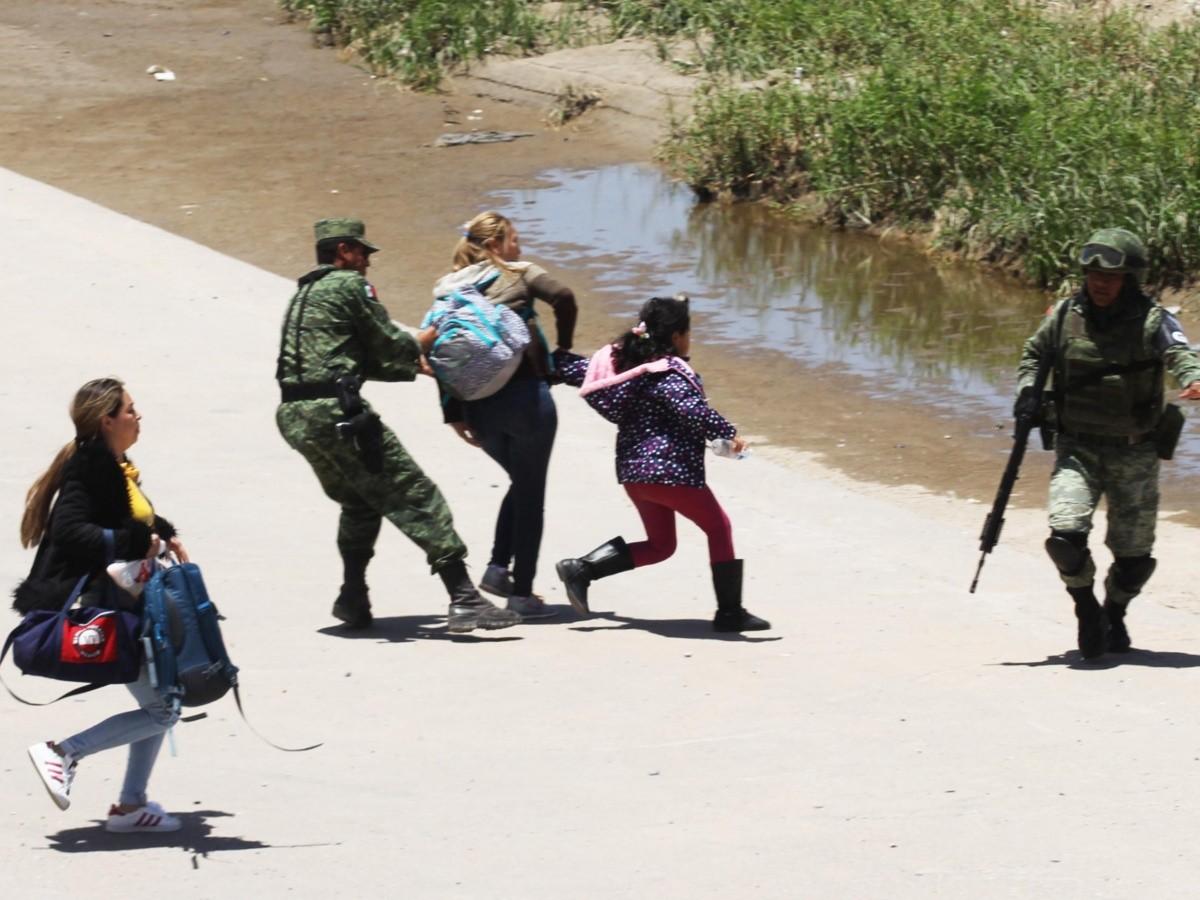 Resultado de imagen para Guardia nacional persiguiendo a migrantes