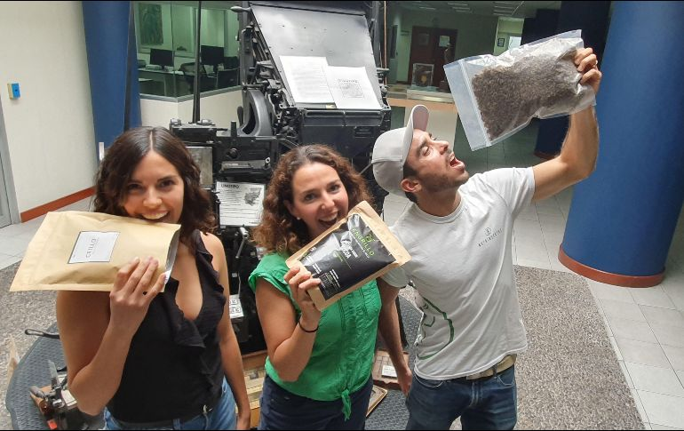 De izquierda a derecha: Jessica Carmona (Crillo), Gabriela de Obeso (Engrillo) y Héctor Jiménez (Nutrinsectos). EL INFORMADOR/P. López