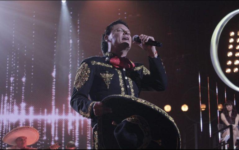 Pese a algunas críticas por su aspecto, Pedro Fernández enamoró a otros usuarios, quienes destacaron su talento en el escenario. TWITTER / @laacademiaazteca