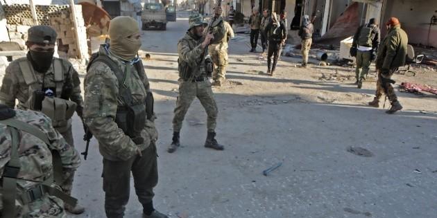 Al menos 29 soldados turcos mueren en Idleb tras ataque sirio