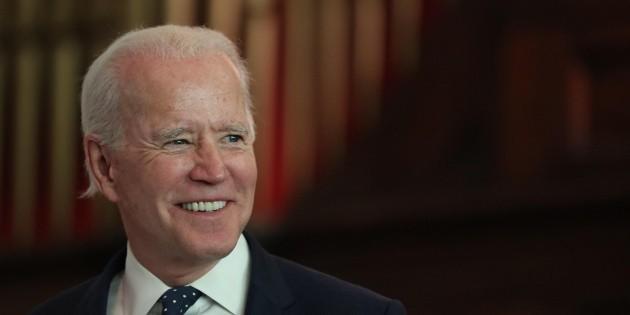 Biden se alza como una alternativa a Sanders antes del supermartes