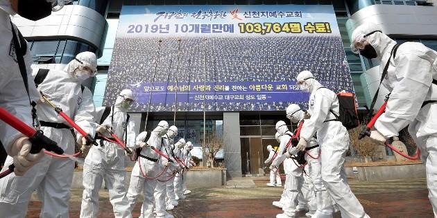 Saldo de muertos por coronavirus supera los tres mil en el mundo