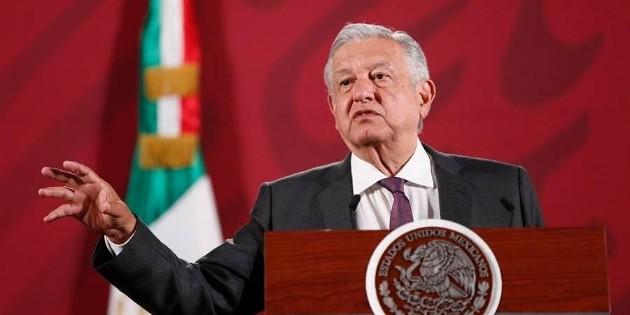 Popularidad de López Obrador se desploma por COVID-19