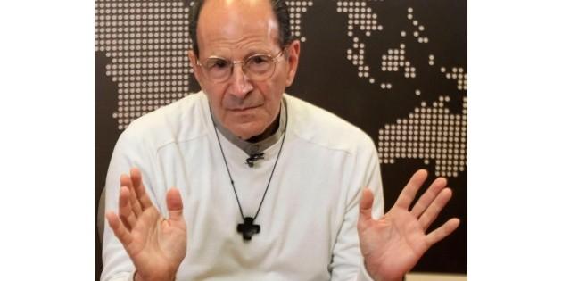 Padre Solalinde aconseja tomar té para protegerse del coronavirus