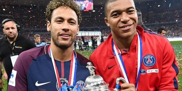 COVID-19 cierra las puertas de salida a Mbappé y Neymar