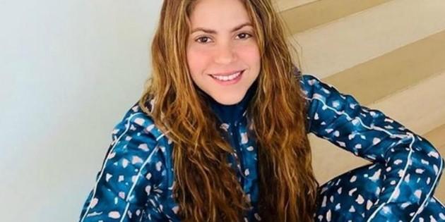 Shakira aprovecha la cuarentena y se gradúa en filosofía