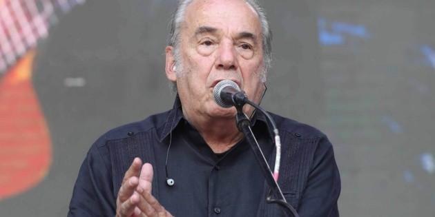 Fallece el cantautor Óscar Chávez a los 85 años