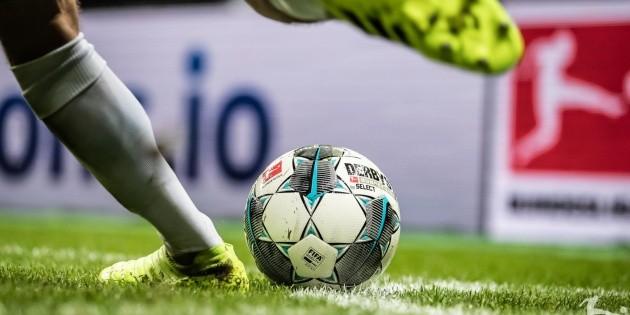 La Bundesliga aprueba los cinco cambios por partido