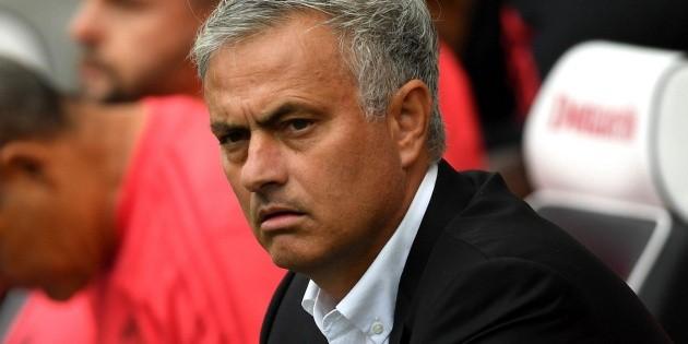 José Mourinho descarta transferencias costosas tras pandemia