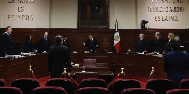Corte aprueba que funcionarios del Inegi y Cofece ganen más que el Presidente