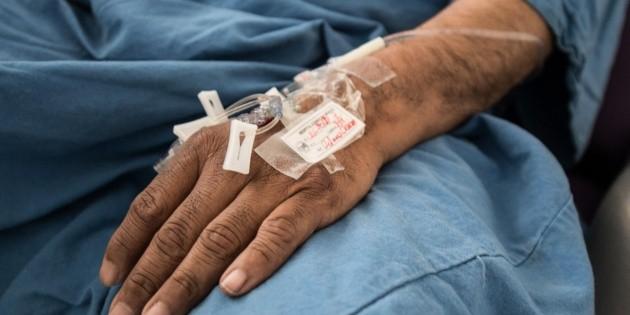 Enfermedades crónicas triplican tasa de letalidad del COVID-19