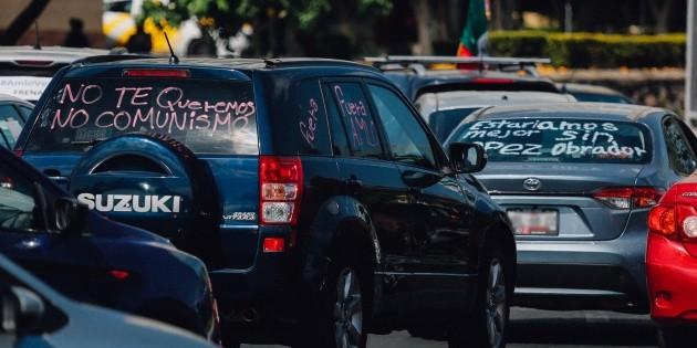 Protestas no hacen mella, declara López Obrador