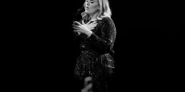Adele envía mensaje sobre asesinato de George Floyd