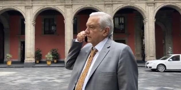Nuestros adversarios tienen mucha imaginación y malinterpretan todo: López Obrador