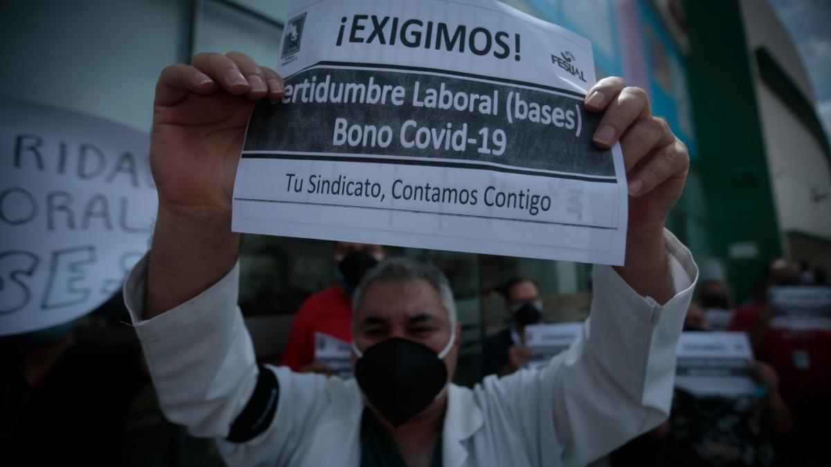 Trabajadores de la salud en Zapopan exigen asignación de plazas y bono COVID-19 | El Informador :: Noticias de Jalisco, México, Deportes & Entretenimiento