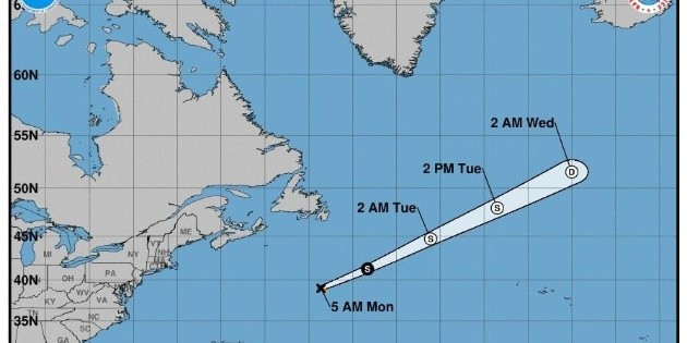 """Edouard"" se degrada a tormenta postropical"