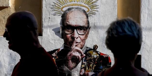 Ennio Morricone ya reposa en un cementerio romano