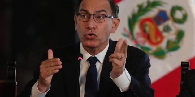 Martín Vizcarra convoca a elecciones en Perú para abril de 2021