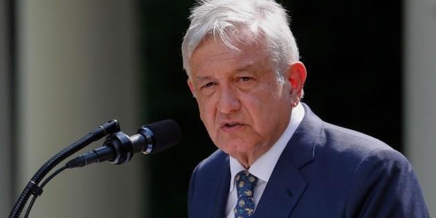 López Obrador vuelve a México tras reunirse con Trump