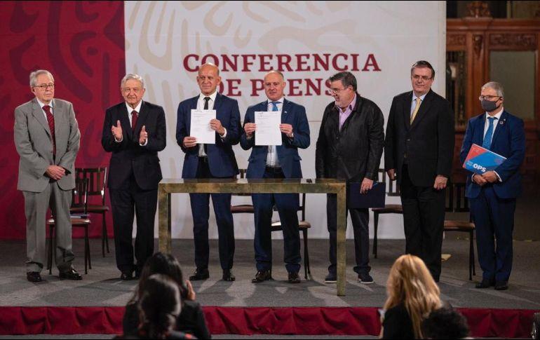 Cristian Morales Fuhrimann, representante de OPS y OMS en México, explicó el acuerdo para la adquisición de medicamentos. SUN / S. Tapia
