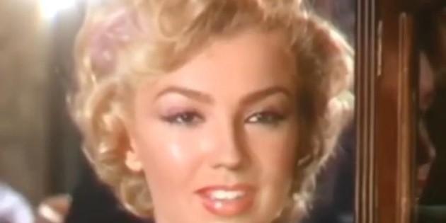Thalía impacta con su parecido a Marilyn Monroe