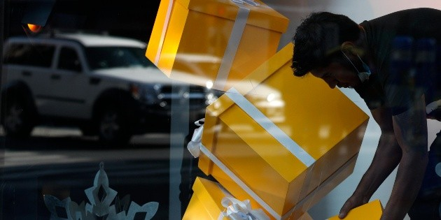 López Obrador presume recuperación de empleos