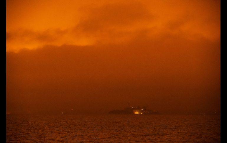 La Isla de Alcatraz apenas se distingue. AFP/P. Pacheco