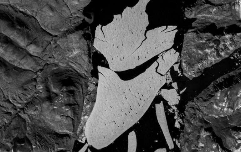 Se cree que el glaciar también se está derritiendo por debajo. Datos de Copernicus/ESA/Sentinel-2B