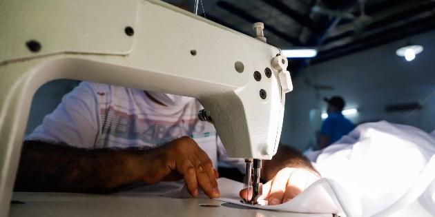 Empleo en manufacturas se recupera con mayor alza en 10 años