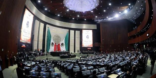 Diputada de Morena busca que le perdonen a México la deuda externa