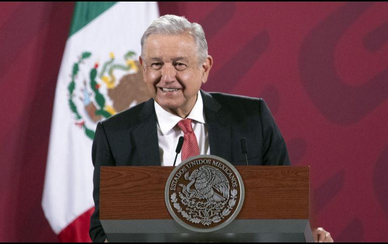 """López Obrador afirmó que antes los presidentes decidían a quién darle el registro, pero que ahora eso """"ya no se aplica"""". XINHUA"""