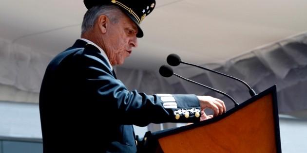 AMLO asegura que tiene toda la confianza en sus secretarios de Defensa y Marina