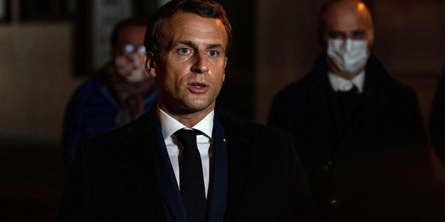 """Profesor decapitado fue víctima de un """"atentado terrorista islamista"""": Macron"""