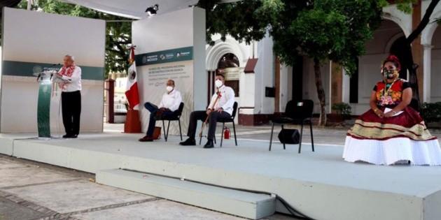 AMLO reitera en Oaxaca: se realizará la Cuarta Transformación