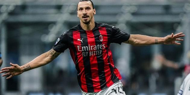 Zlatan Ibrahimovic manda en el derbi de Milán