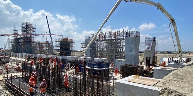 AMLO dice que refinería Dos Bocas se inaugurará en julio de 2022