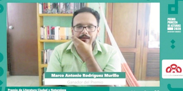 FIL premia la poesía de Marco Antonio Rodríguez Murillo