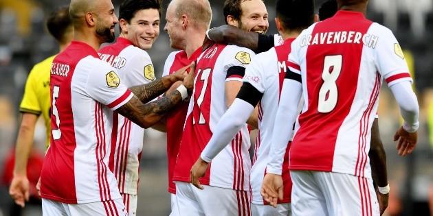 Eredivisie: El Ajax de Edson Álvarez hace historia al golear 13-0 al Venlo