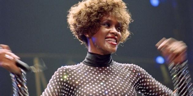 Whitney Houston hace historia; obtiene tercer disco de diamante