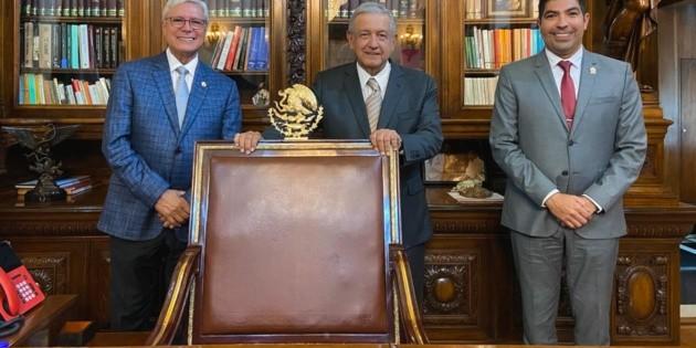 AMLO se reúne con Jaime Bonilla en Palacio Nacional