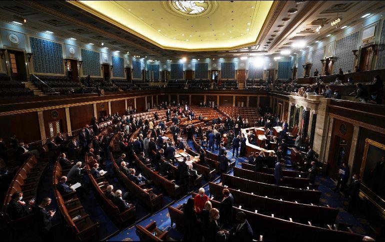 El Congreso retomará su sesión, interrumpida esta tarde, para corroborar el resultado de las elecciones presidenciales de noviembre. EFE/EPA/K. Dietsch