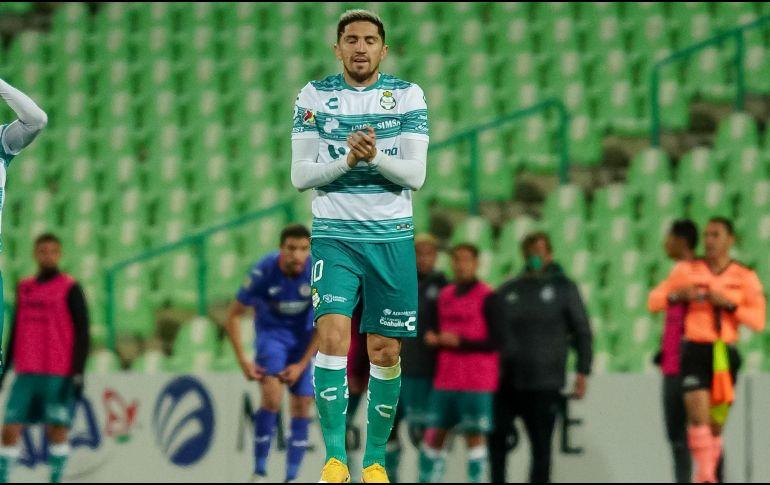 Diego Valdés convirtió el gol del triunfo con un disparo potente desde fuera del área. Imago7 / E. Saavedra