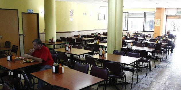"COVID-19 en Jalisco: Lanza Canirac ""Servicio Seguro"" en restaurantes"