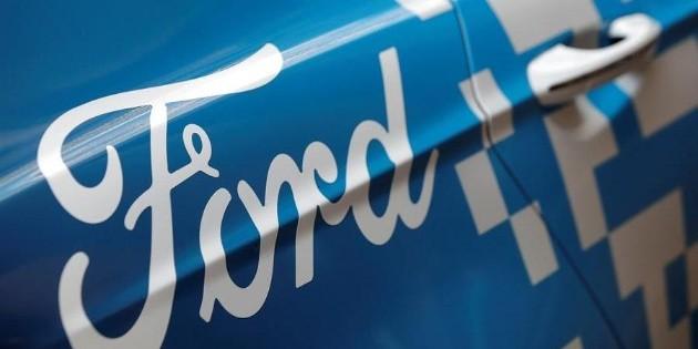 Ford duplica inversiones en vehículos eléctricos