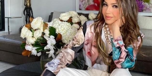 Thalía responde en TikTok a quienes aseguran que se quitó las costillas