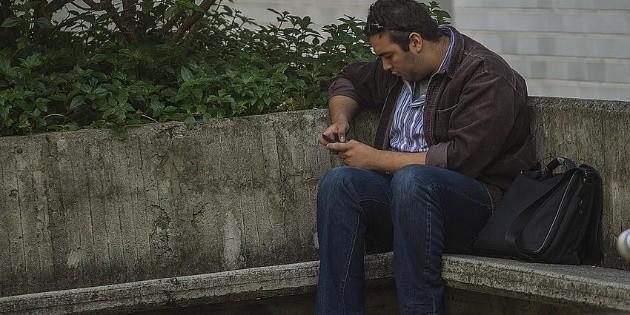 La mitad de los mexicanos busca trabajo en redes sociales, revela estudio